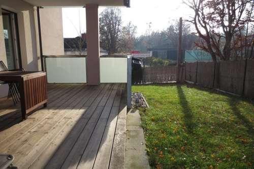 Gartenwohnung am Froschberg! Neuwertige 85 m² WNFL + Terrasse + Balkon + Eigengarten, 2 Tiefgaragenplätze!