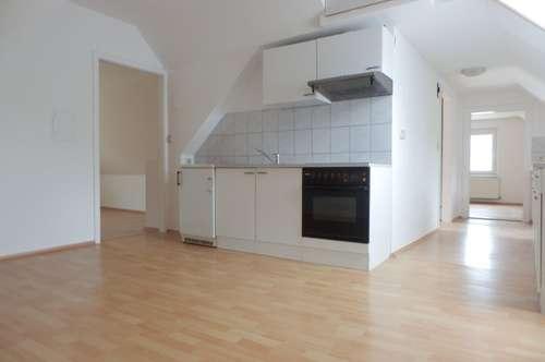 Helle 3-Zimmer-Wohnung mit KFZ-Abstellplatz in absoluter Ruhelage am Grazer Stadtrand