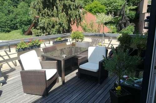 Moderne 2 Zi. DG-Wohnung mit 40 m² großer Sonnenterrasse, Lift - in unmittelbarer Seenähe - Mondsee