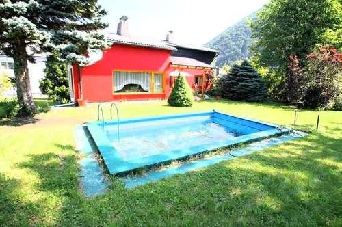 ++ SCHWIMMINGPOOL ++ ++Grundstücksgr. 1.800m² ++ Wfl 320 m² ++ IDEAL FÜR ZWEI FAMILIEN ++ Nahe S-BAHN
