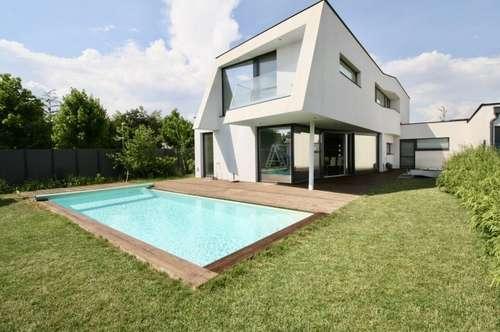 Neuwertige Architektenvilla in Neusiedl am See