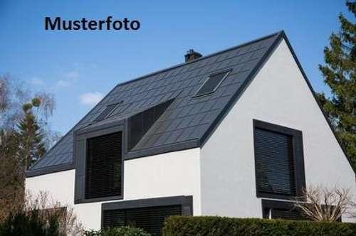 2 Wohnhäuser - Versteigerungsobjekt