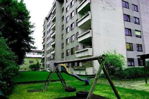 Zentrales Wohnen im Grossraum Linz in dennoch naturnaher Atmosphäre! 2 Kinderzimmer und eine Relax-Loggia ermöglichen Ihren Wohn(t)raum! Prov.frei