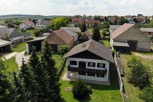 Paasdorf: Einfamilienhaus mit großem Grund und Stadel