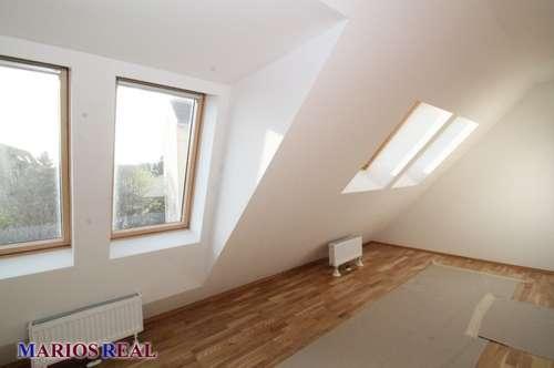 114 qm große 3 Zimmer Dachgeschossmaisonette mit Terrasse, Erstbezug !