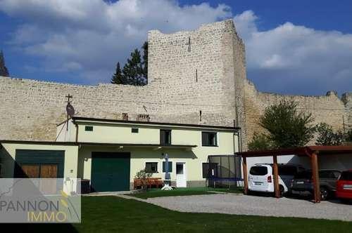 Renoviertes Stadthaus mit viel Potential in historischer Lage