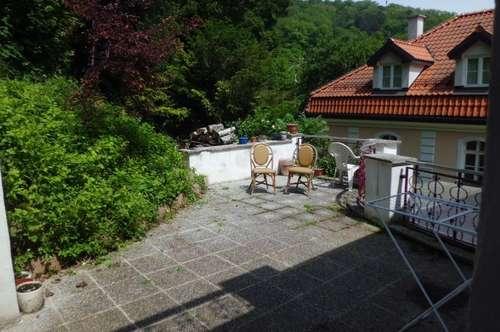 Luxusapartment in Villa mit Terrasse-auch Kurzmiete möglich