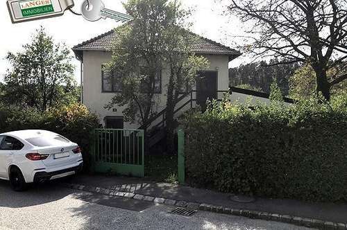 Kleines renovierungsbedürftiges Wohnhaus mit Blechgarage und Holzschuppen!!!