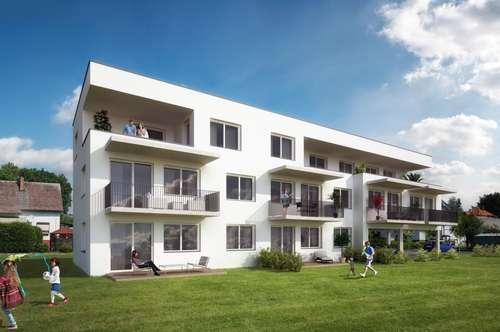 ERSTBEZUG - 3 Zimmer mit Terrasse und Garten in Einfamilienhauslage