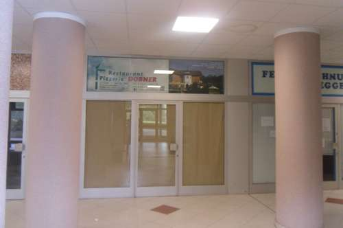 Geschäfts / Bürolokal mit Baderecht und Bootsanlegeplatz sowie Bootsabstellflächen