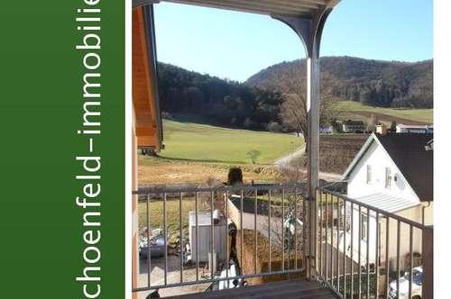 Provisionsfreier Erstbezug für Mieter! 3-Zimmerwohnung mit herrlichem Grünblick und Balkon