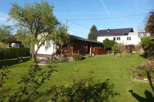 Ohlsdorf: Gemütlicher, kleiner Bungalow mit wunderschönem, ruhigen Garten!