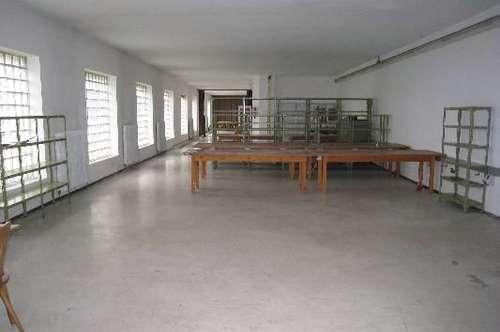 Moderne Werkstätten - Lager - und Büroräumlichkeiten