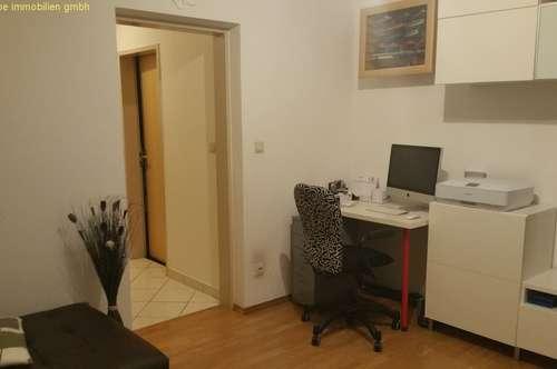 Helle 2 Zimmer Wohnung in zentraler Lage.