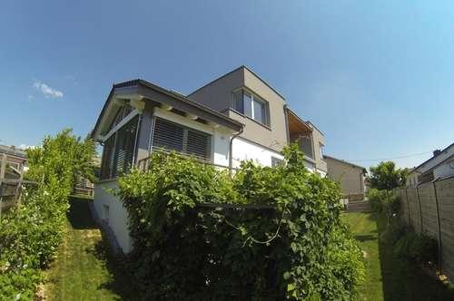 Exklusives Wohnhaus in ruhiger Wohnsiedlung