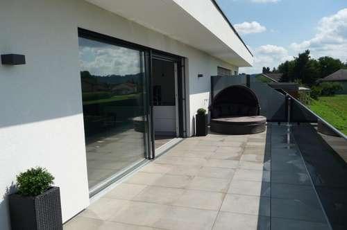 Erstbezug - Luxus pur! Phantastische Terrassenwohnung in Sonnenlage!