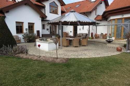 7000 Eisenstadt nähe sehr schönes 360m² Villen Objekt auf 4000m² Park ähnlichen Grundstück !