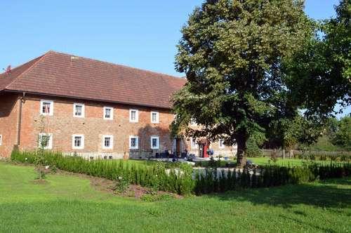 St. Florian/Oberweidlham: Großzügiges Wohnen am Bauernhof!