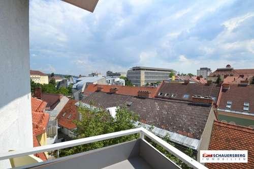 Komplett neu Top-sanierte Wohnung (voll möbliert) in absoluter Höchstausstattung im Herzen von Graz im 6. OG mit Lift