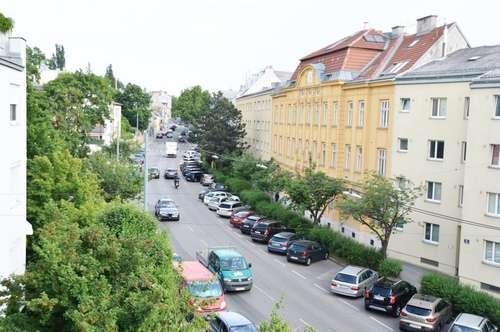 Sehr nette 2-3 Zimmer Wohnung - gleich beim Lainzer Platz