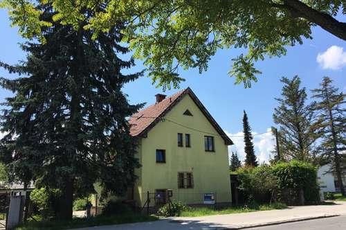 Haus in Zentrumsnähe mit schönem Grundstück!