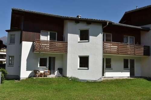 Geförderte Großgarconniere mit hoher Wohnbeihilfe oder Mietzinsminderung mit Terrasse und Abstellplatz