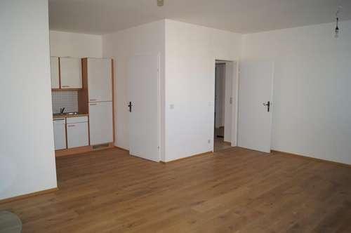 Geräumige 4 Zimmer-Wohnung mit Loggia in Neusiedl am See