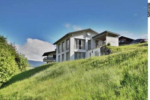Exklusives Haus mit noch exklusiverer Aussicht auf großem Baugrundstück im Höfle, Mittelberg / Kleinwalsertal