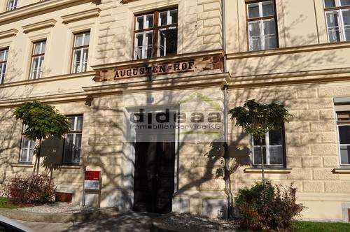 2-Zimmer-Neubau in Altbau