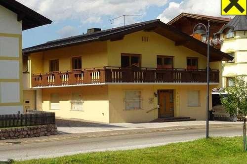Großzügige 6-Zimmer-Mietwohnung im Zentrum