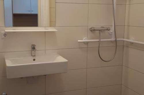 Neue, barrierefreie Kleinwohnungen im Ärztezentrum