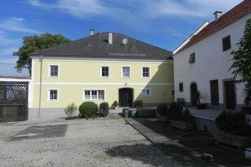 Interessante und vielfältige Mietgelegenheit in Weilbach