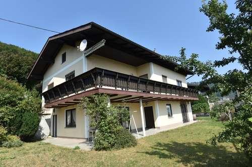 Sanierungsbedürftiges Haus in ruhiger Siedlungslage
