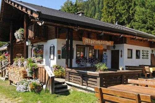 Uriges Almgasthaus mit 10 Betten zu verpachten