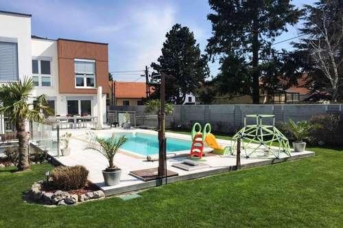 ARCHITEKTEN VILLA ++ großem Garten, Pool und LUXUSAUSSTATTUNG ++