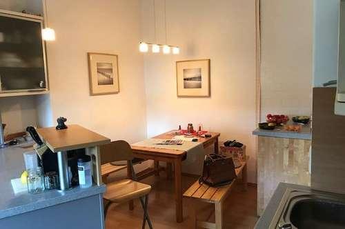 Max-Tendler-Straße- Liebe Dachgeschosswohnung im Zentrum zu vermieten
