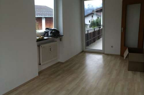 3 Zimmer Whng, neu adaptiert mit großzügigem Südbalkon, lichtdurchflutete 3 Zimmer-Wohnung 1 AAP, Keller, Thaur