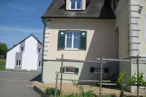 Sonniges Einfamilienhaus 250m² Balkon+Grundstück in Ruhelage mit Nebengebäude/Tierhaltung
