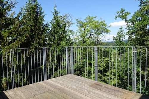 Gemütliche 3-Zimmer-Wohnung mit großen Balkon und wunderschönen Blick ins Grüne