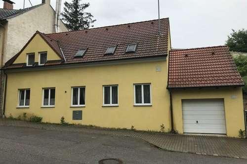 Großes Einfamilienhaus im schönen Kurort Bad Pirawarth!
