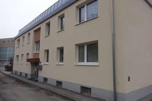 Bezaubernde Familienwohnung mit Balkon - wohlfühlen in gemütlicher Atmosphäre - ruhig und grün gelegen aber doch auch zentral! Provisionsfrei!