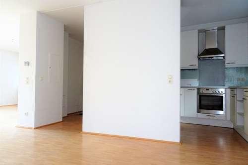 4-Zimmer-Wohnung Nähe Neutor!