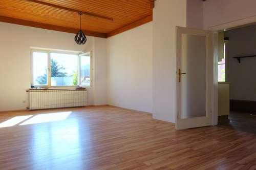 Schöne, helle 3-Zimmer-Altbauwohnung in absoluter Bestlage im Zentrum von Weiz