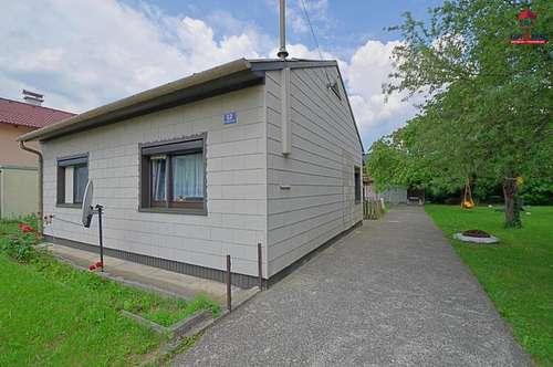 Kleines Haus auf großem Grund mit schönem Baumbestand - TERNITZ, Ruhelage