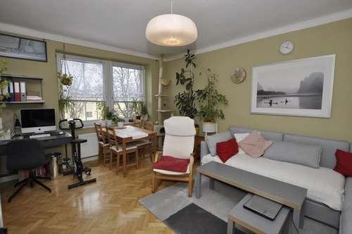 Schöne 2-Zimmer Wohnung im obersten Geschoß mit Fernblick