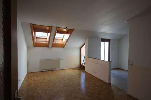 Dachgeschoßwohnung in Rif/Hallein