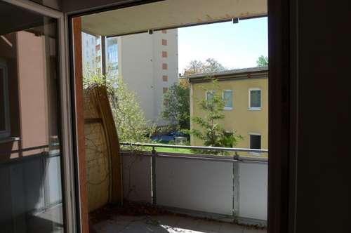 Garconniere in Geidorf mit großem Balkon! Video ansehen!