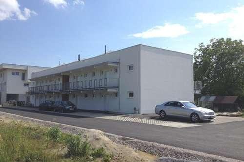 Neuwertige 3-Zimmer-Wohnung mit Eigengarten und Terrasse - provisionsfrei für den Mieter