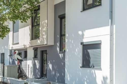 Provisionsfreies Familienidyll: Prachtvolles Doppelhaus in ruhiger Lage, U2-Nähe