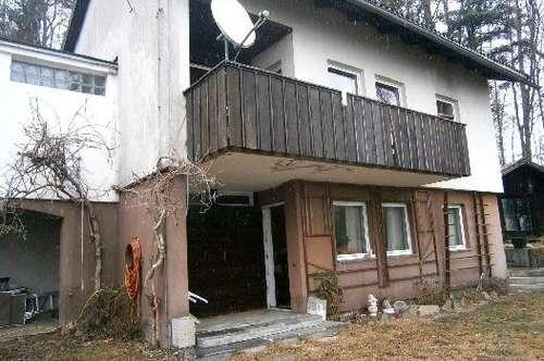 Älteres  Haus mit atemberaubenden Fernblick  - 2 Wohneinheiten, NEUER PREIS!